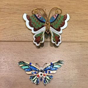 Jewelry - Pair of butterfly pendants